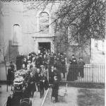 Swedenborgs Sarg verlässt die Schwedisch-Lutherische Kirche in London